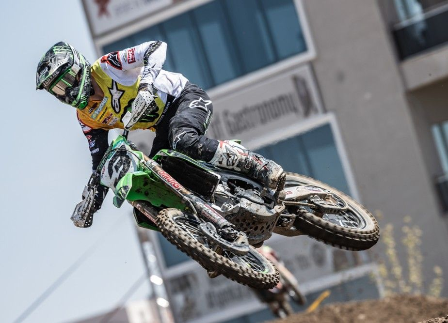 Romain Febvre second in the world at the halfway stage of MXGP